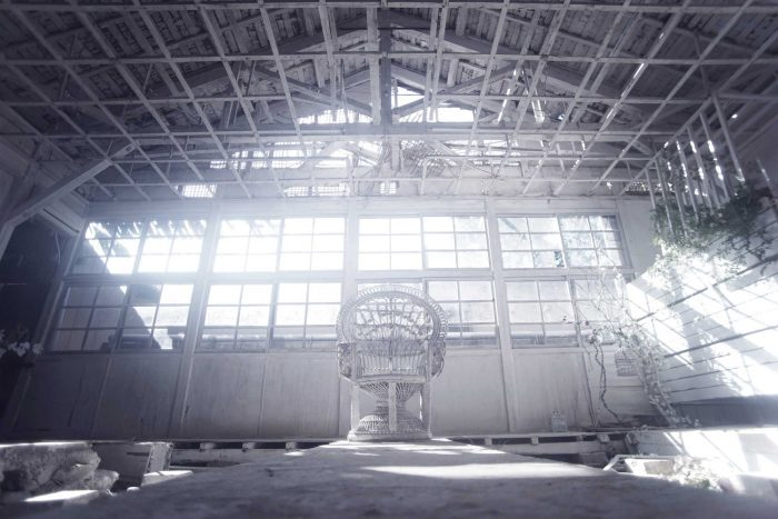 白廃墟[窓]